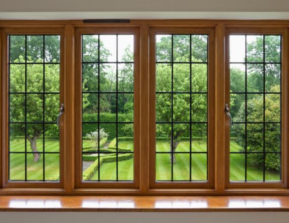 Fa ablak-ajtó